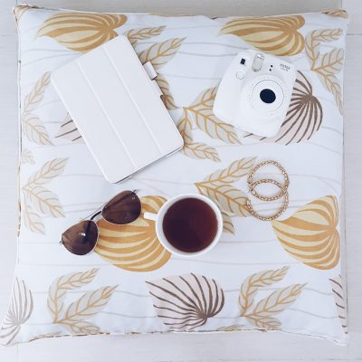 How to Make Your Flatlays More Soshal
